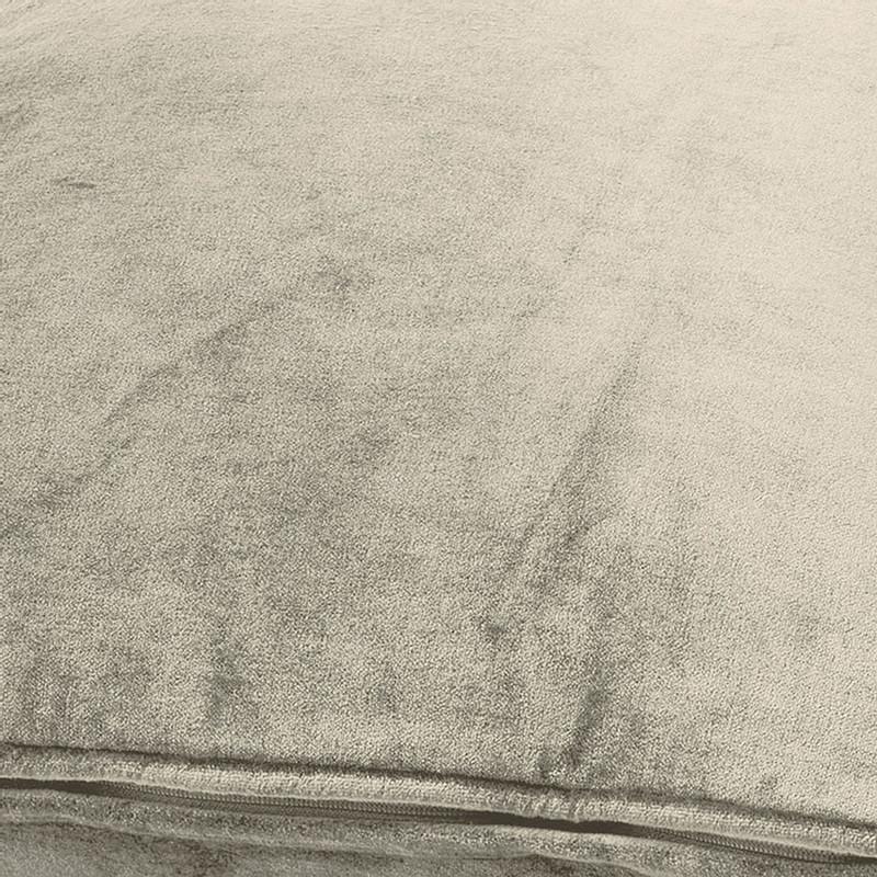 Dutch Decor kussen fluweel - zand - 45x45 cm
