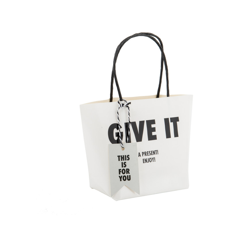 Cadeautasje give it S - 19x13 cm